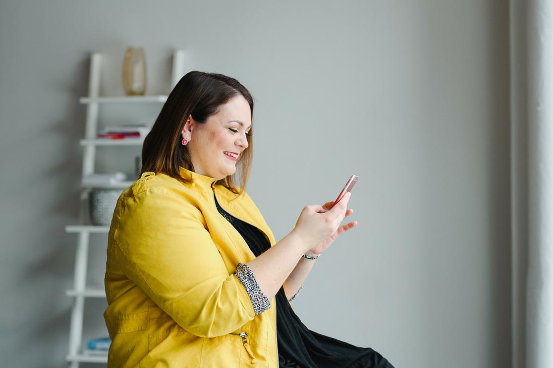Chaprgirl - Formations en ligne ou en reel pour vous aider a comprendre la communication - Photo par Emilie Iggiotti